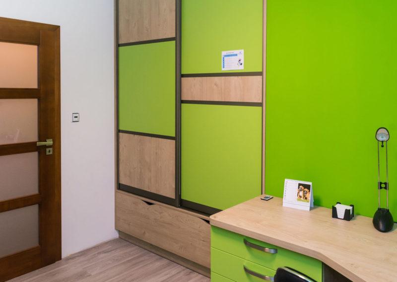 Zelený chlapecký pokoj